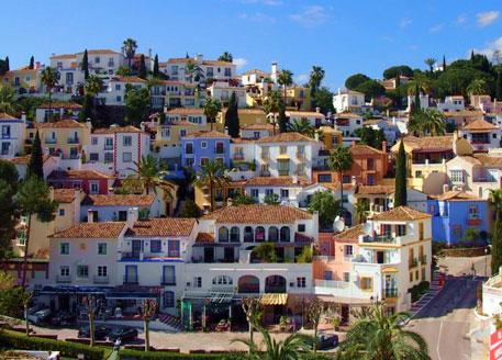 Browse our featured property investments in Benahavis today!