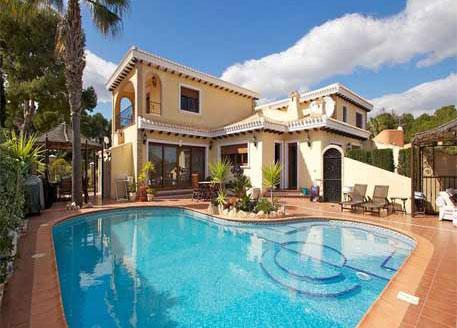 Villa Martin Overview