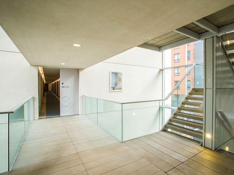 Foyer area 2