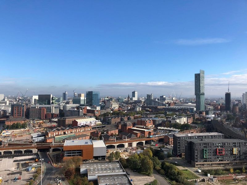 manchester city centre view 01