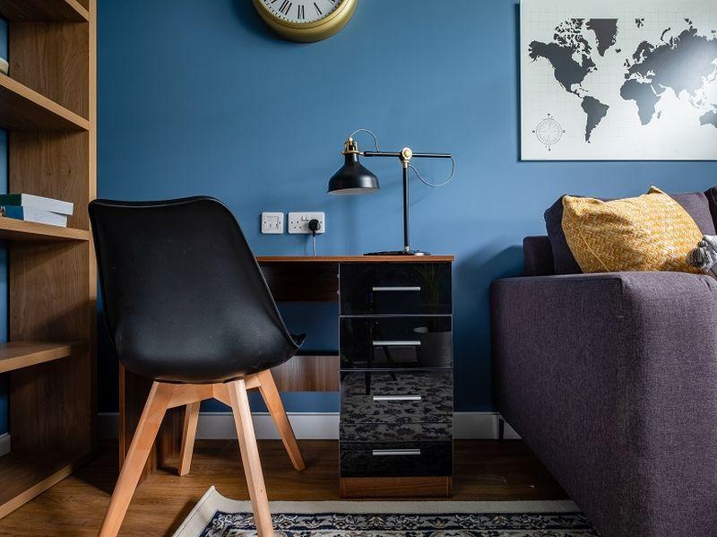 granite house show apartment study 02