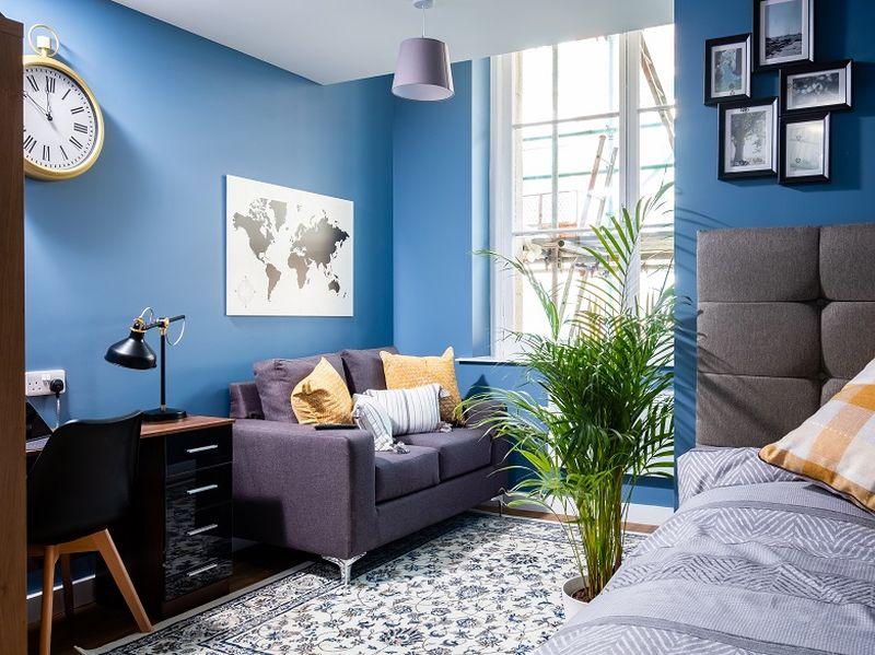 granite house show apartment living area 01